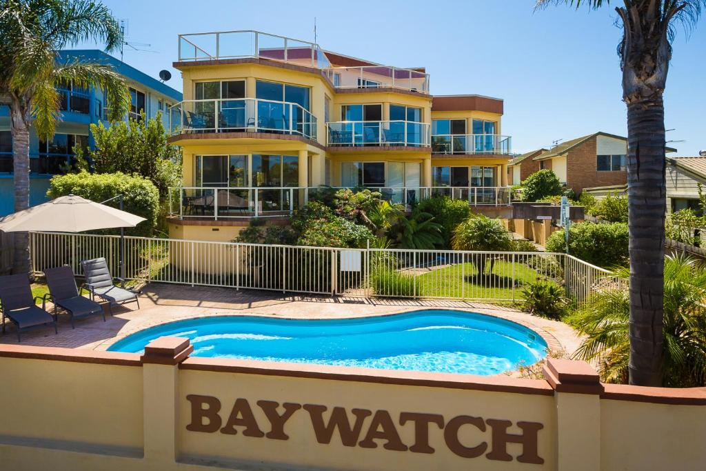 A view of the pool at Baywatch Apartments Merimbula or nearby