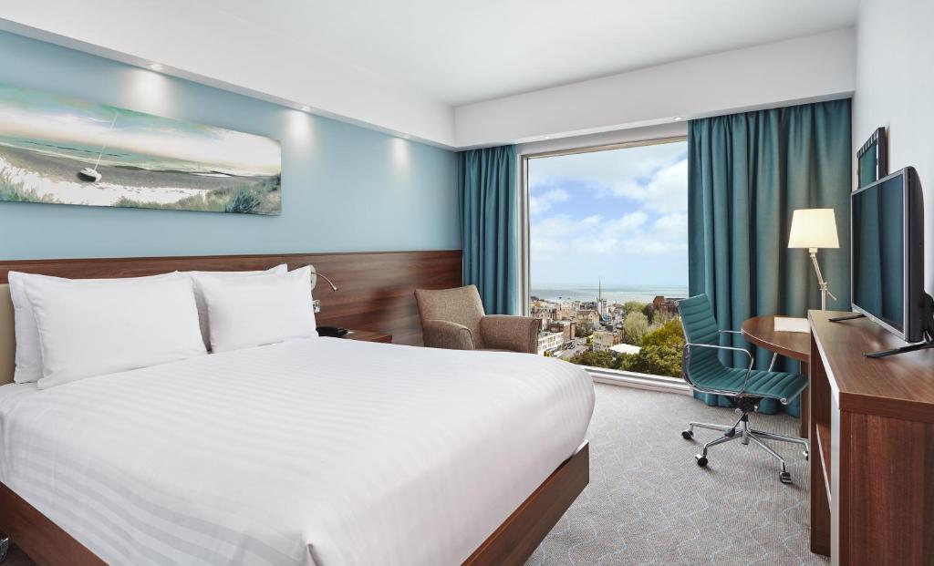 Hampton by Hilton Bournemouth - Laterooms