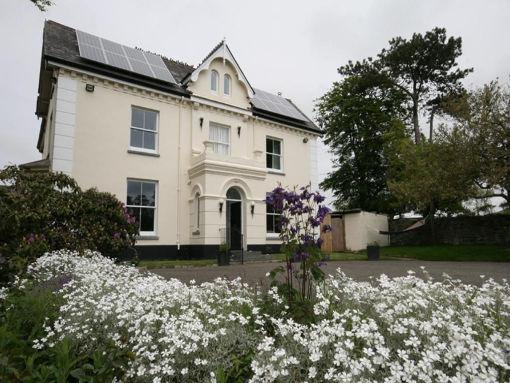 Caemorgan Mansion - Laterooms