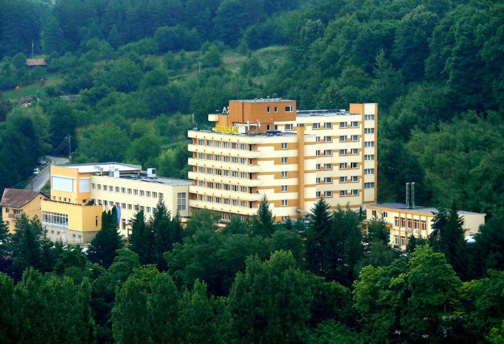A bird's-eye view of Hotel Germisara