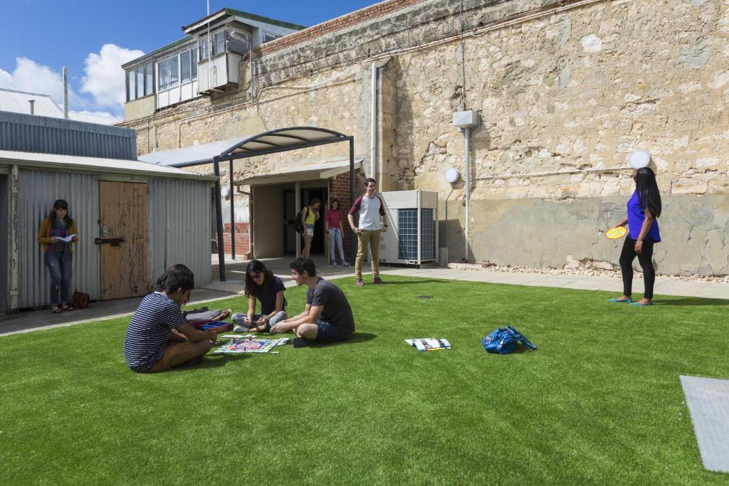 Children staying at Fremantle Prison YHA