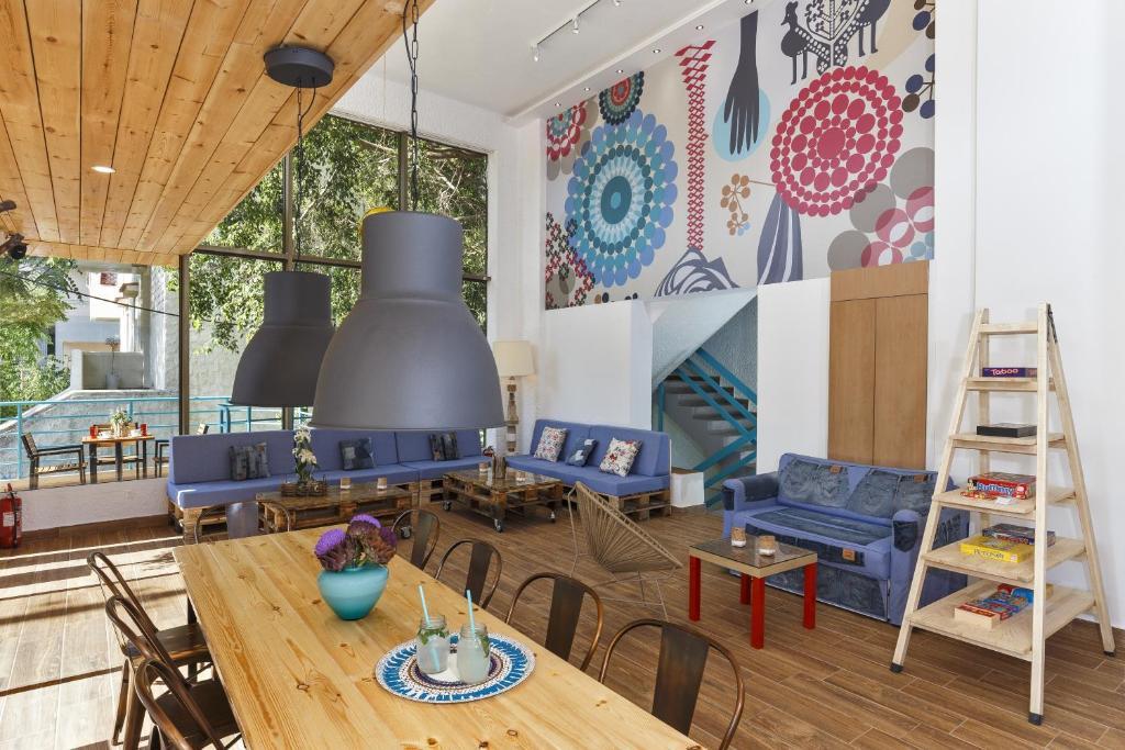 Restaurant ou autre lieu de restauration dans l'établissement Stay Hostel Rhodes