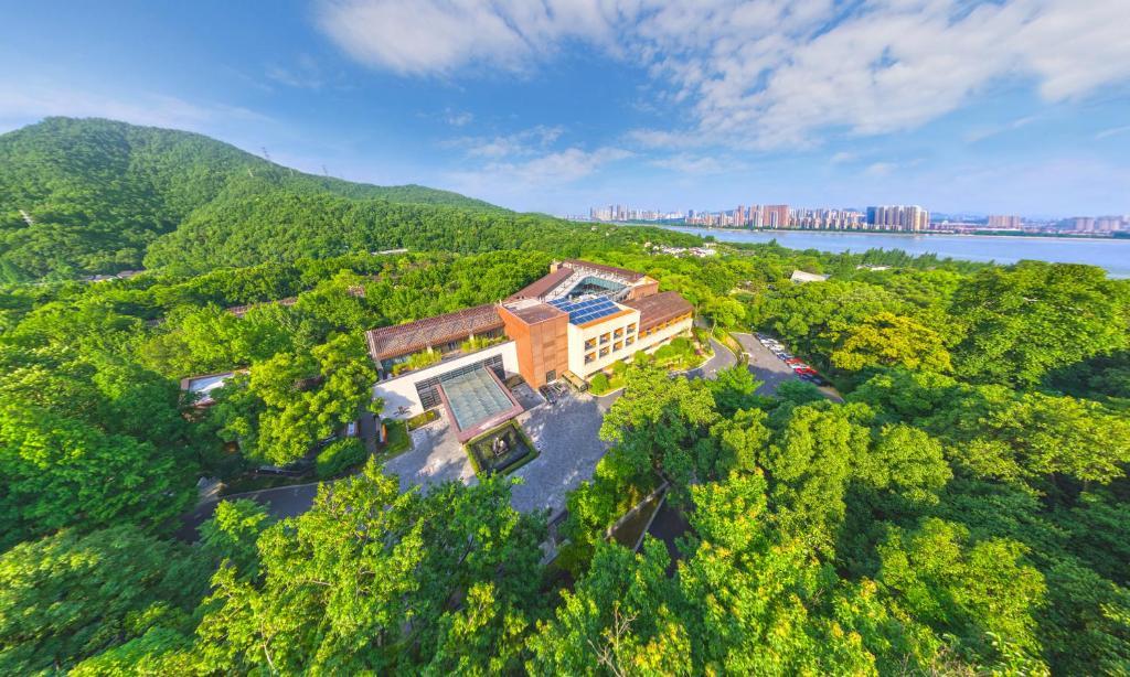 A bird's-eye view of Millennium Resort Hangzhou