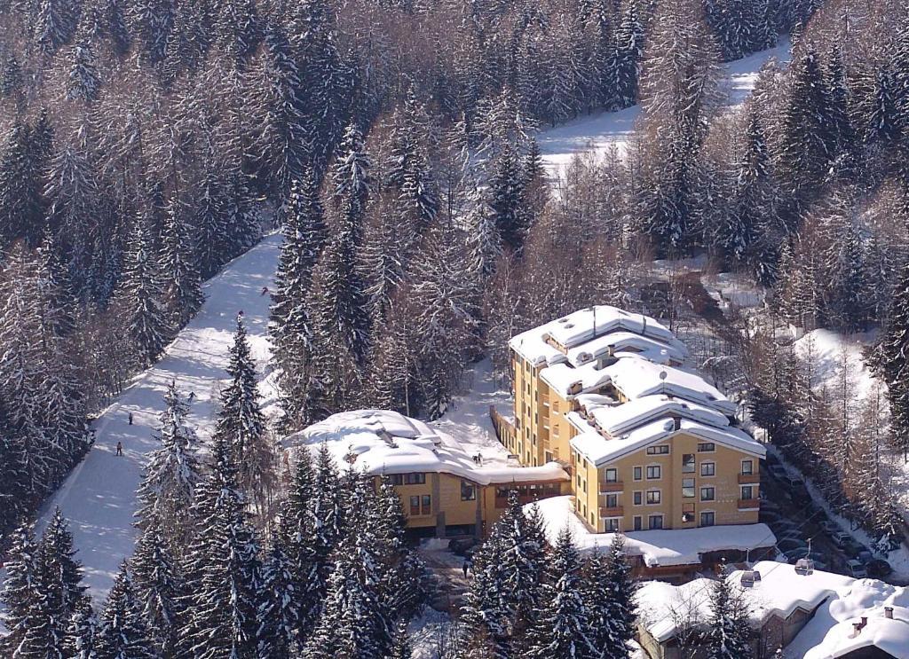 A bird's-eye view of Park Hotel