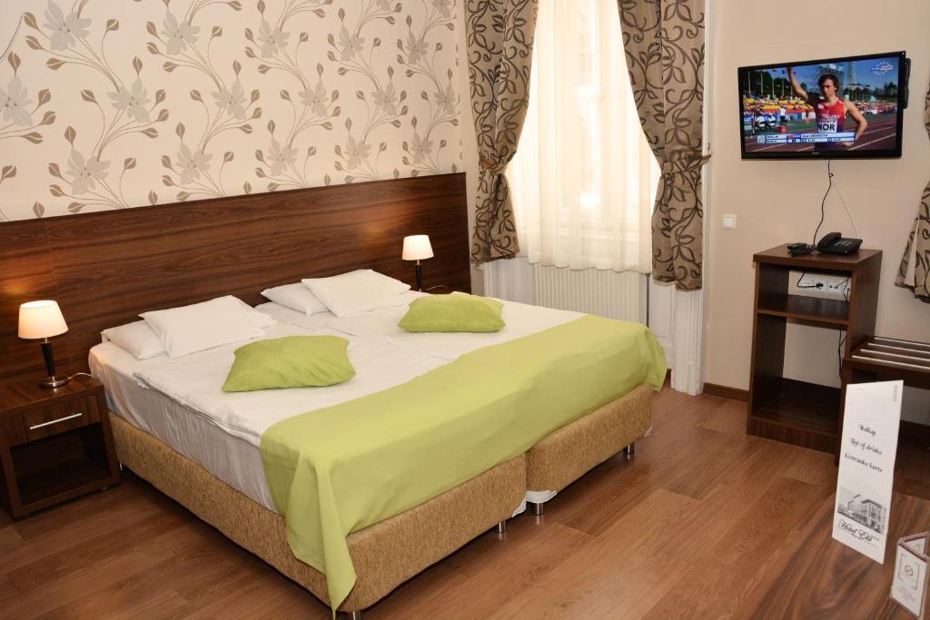 Elit Hotel Budapest, Hungary