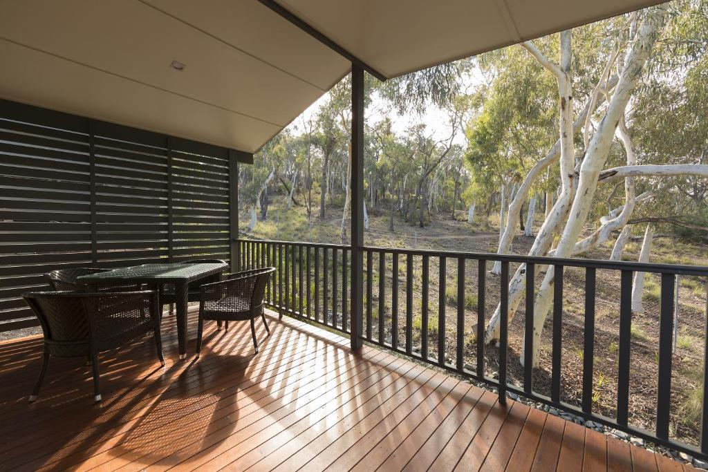 A balcony or terrace at Alivio Tourist Park Canberra