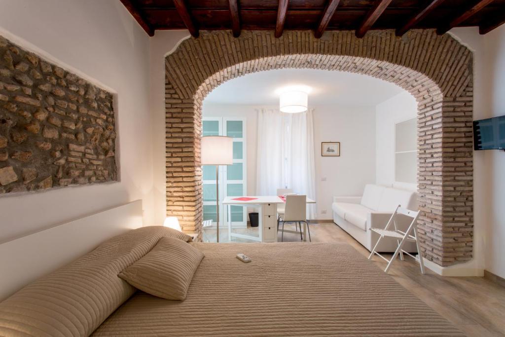 Cama ou camas em um quarto em Domenichino Luxury Home