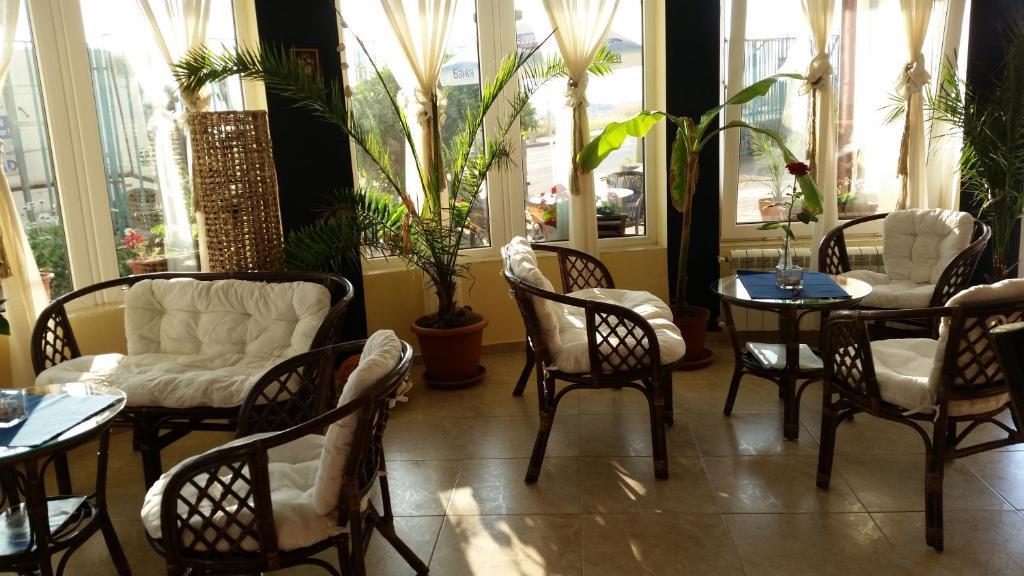Кът за сядане в Хотел Лозите