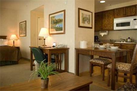 A room at the Homewood Suites Bakersfield.