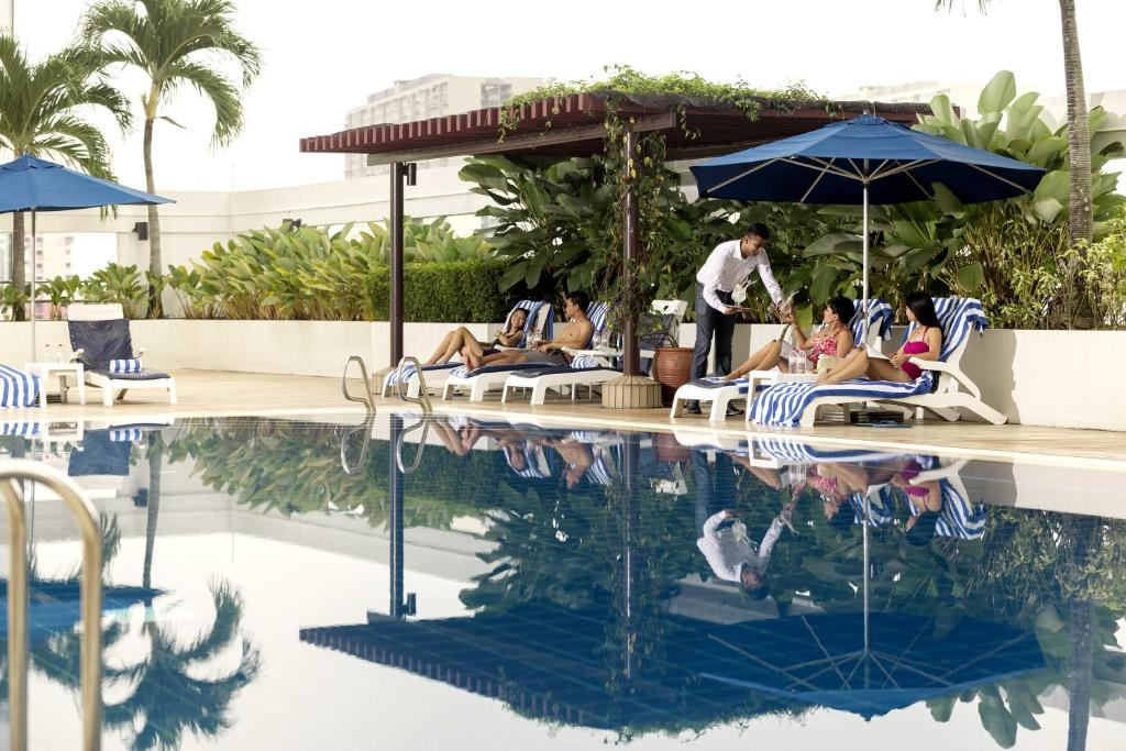 The swimming pool at or close to JEN Penang Georgetown by Shangri-La
