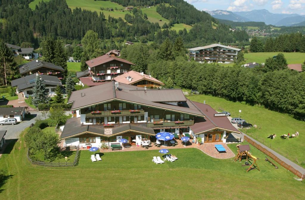 A bird's-eye view of Alpenhotel Landhaus Küchl