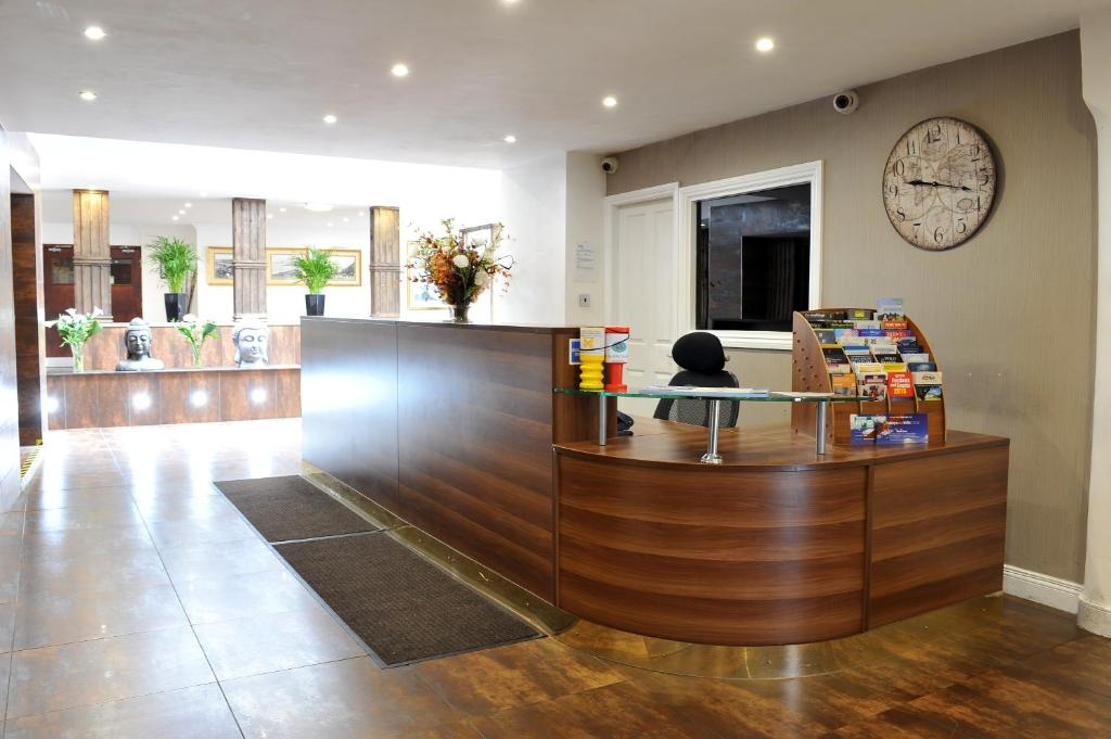 The lobby or reception area at The Kings Arms Hotel