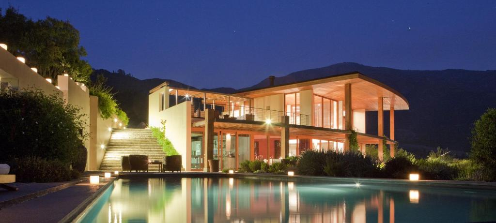 Clos Apalta Residence Relais & Chateaux