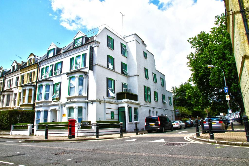The Best Western Kensington Olympia Hotel.