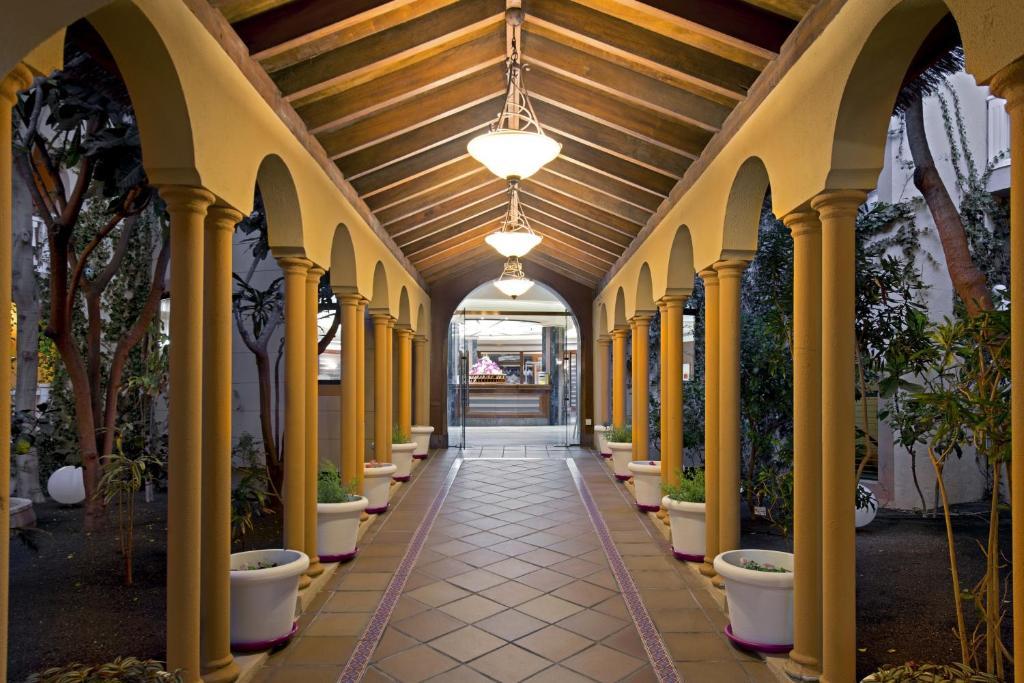 Elba Lucía Sport & Suite Hotel - Laterooms