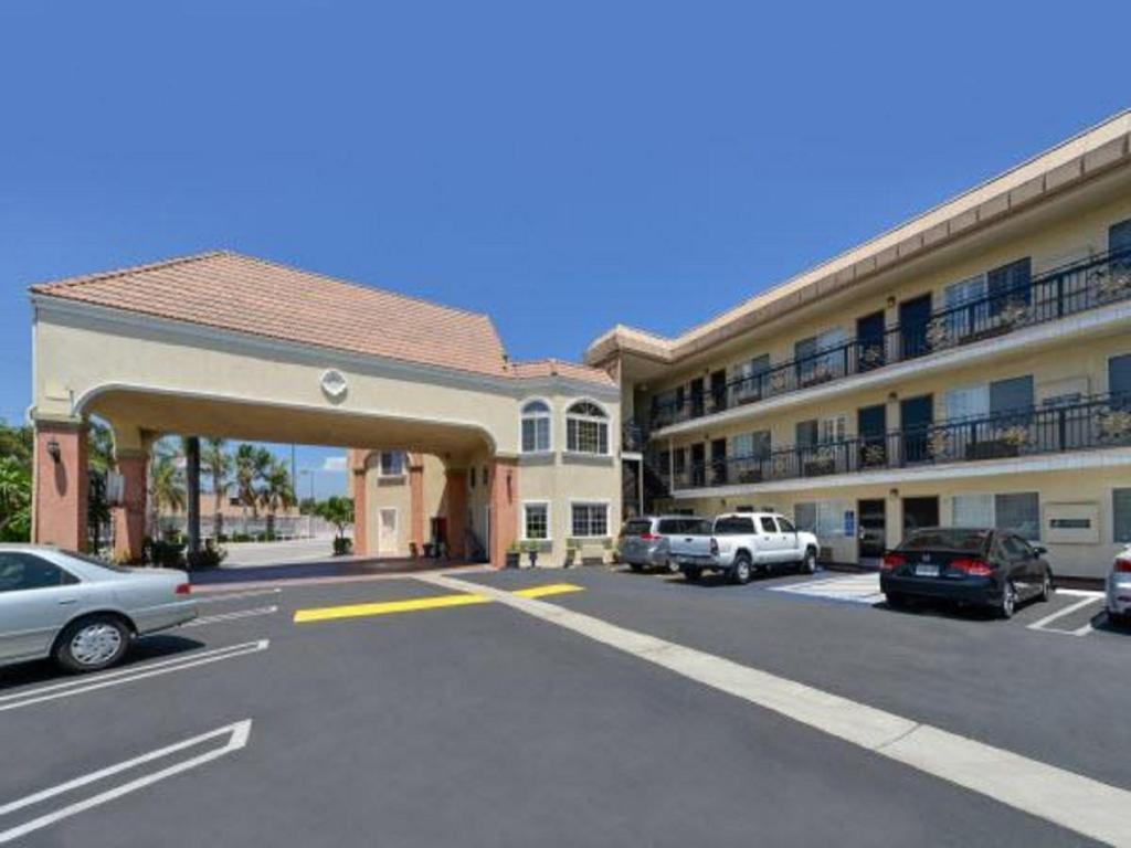 America's Best Value Inn & Suites El Monte.