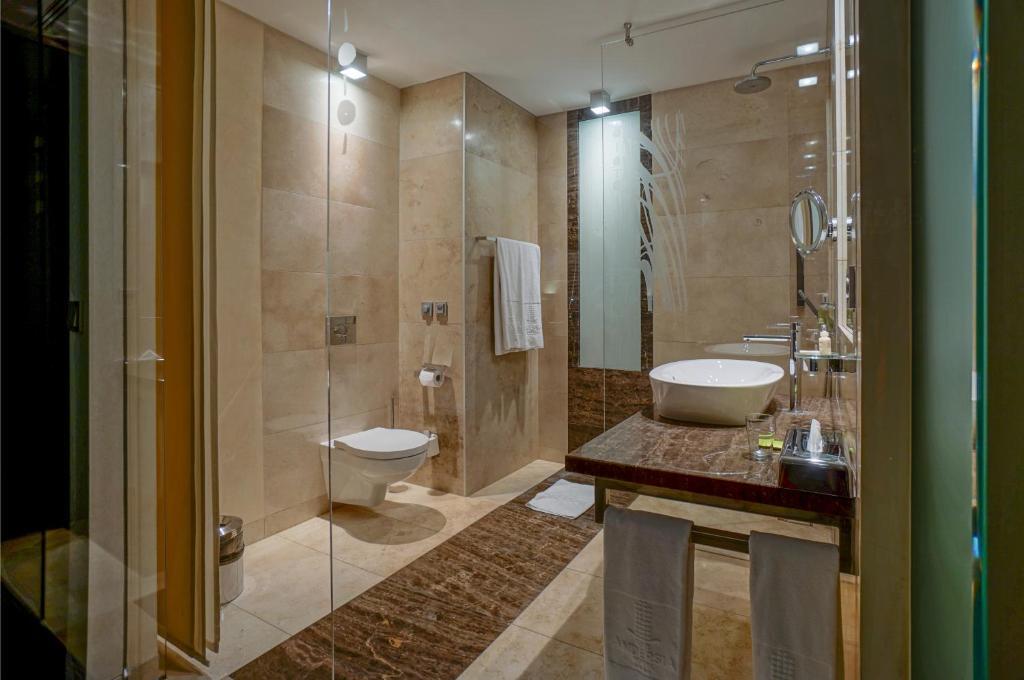 Ein Badezimmer in der Unterkunft IBB Andersia Hotel