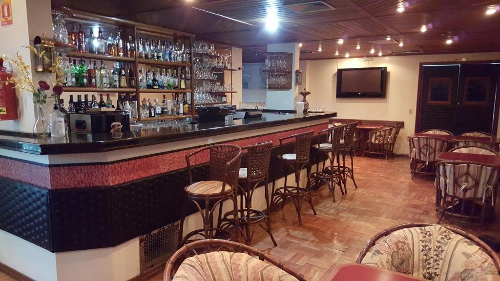 The lounge or bar area at Cristal Executive Hotel