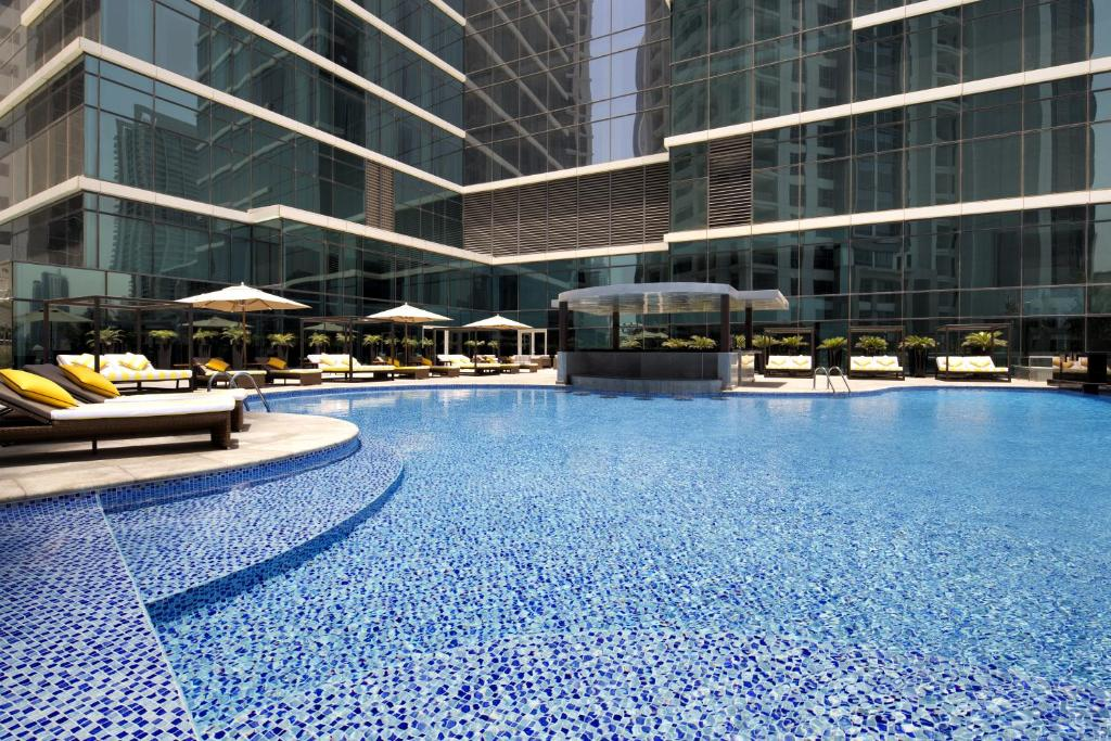 The swimming pool at the Taj Dubai.