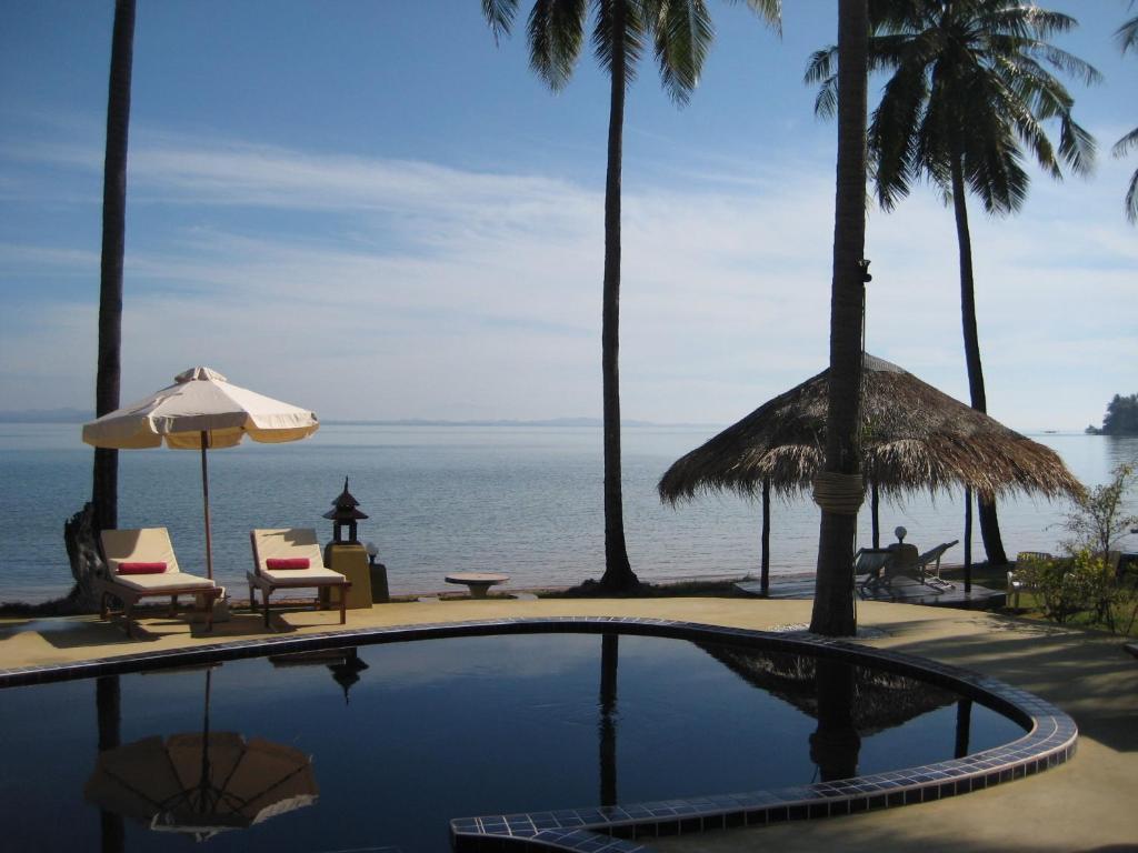 Bassein majutusasutuses Amber Sands Beach Resort või selle lähedal
