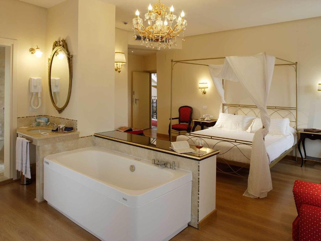 ジオット ホテル & スパにあるバスルーム