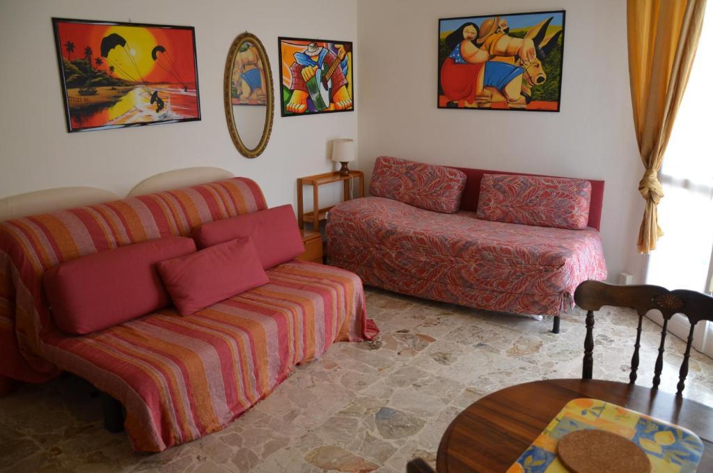Area soggiorno di Bellavista Romeo Apartments