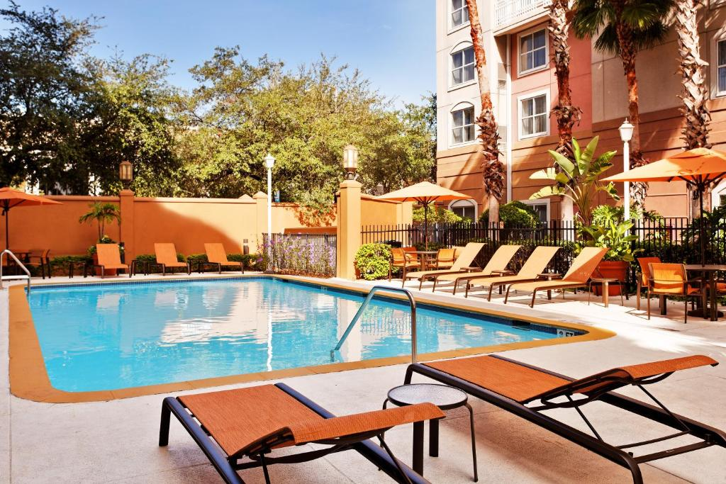 The swimming pool at or near Courtyard Tampa Downtown