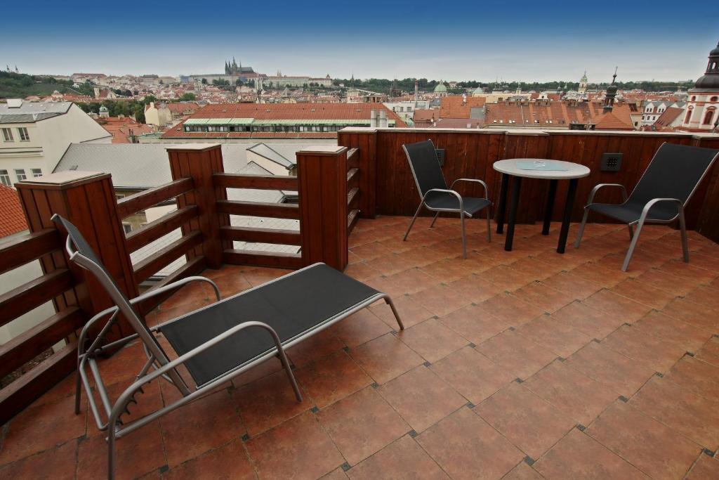 Ein Balkon oder eine Terrasse in der Unterkunft Apartmán Kaiser