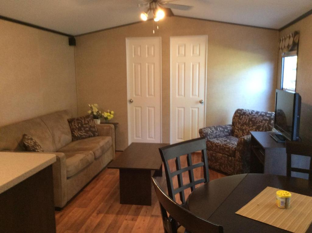 2 Bedroom Cottage On Cherry Beach Cherry Valley Updated 2021 Prices