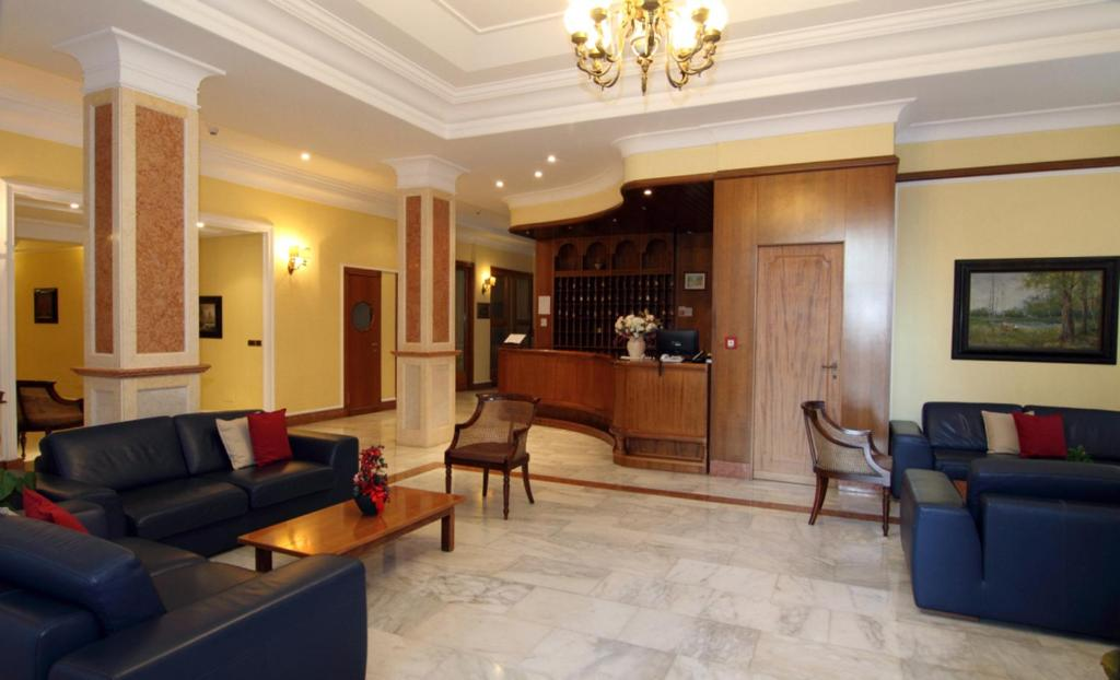 The lobby or reception area at Hotel Reale