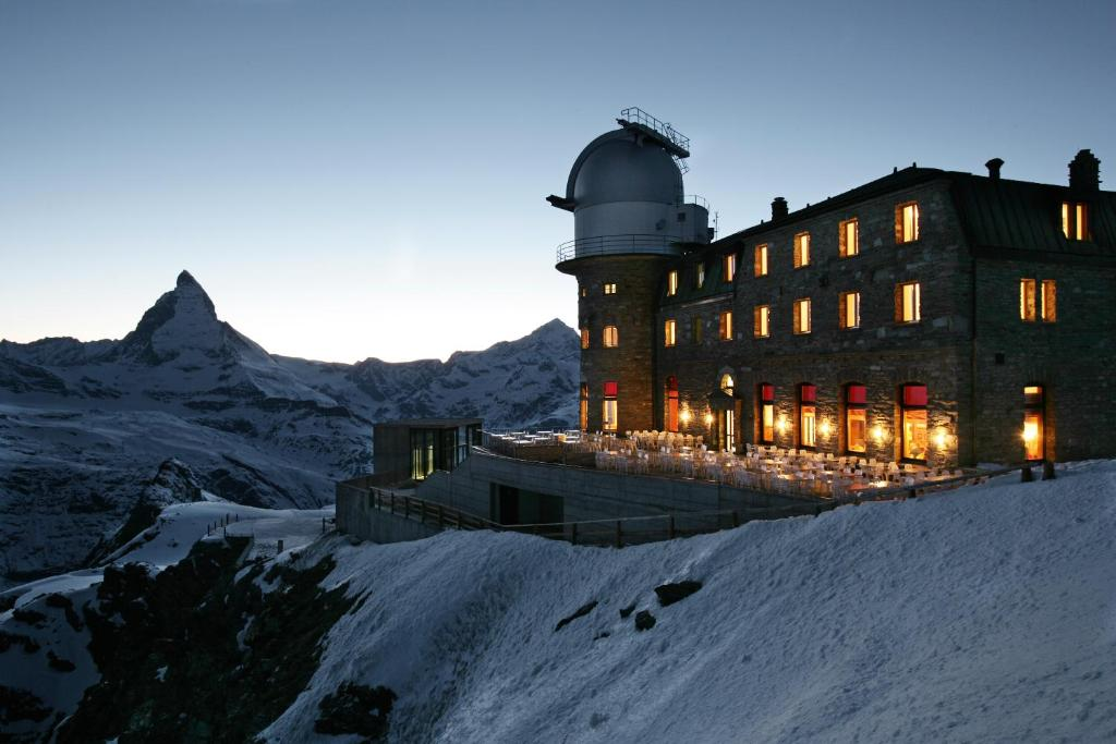 3100 Kulmhotel Gornergrat during the winter