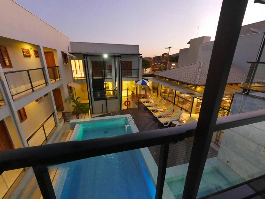 A view of the pool at CLH Suites Bonito Centro or nearby