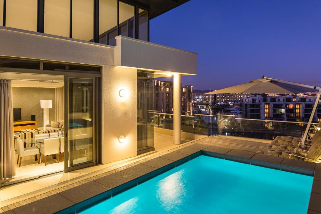 The swimming pool at or near Lawhill Luxury Apartments - V & A Waterfront