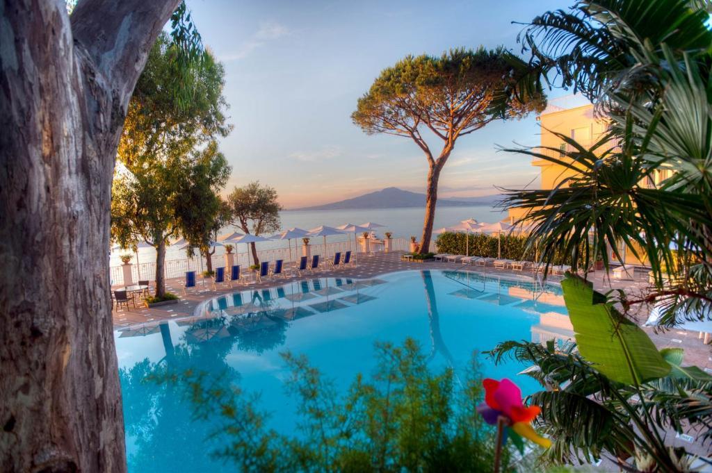 Piscina di Grand Hotel Riviera o nelle vicinanze