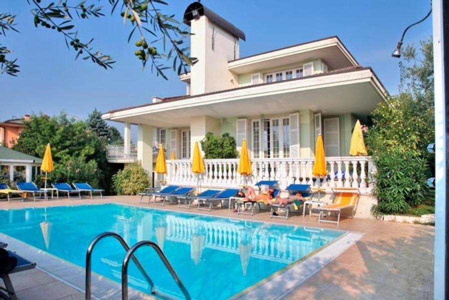 Hotel Gardenia & Villa Charme Bardolino, Italy