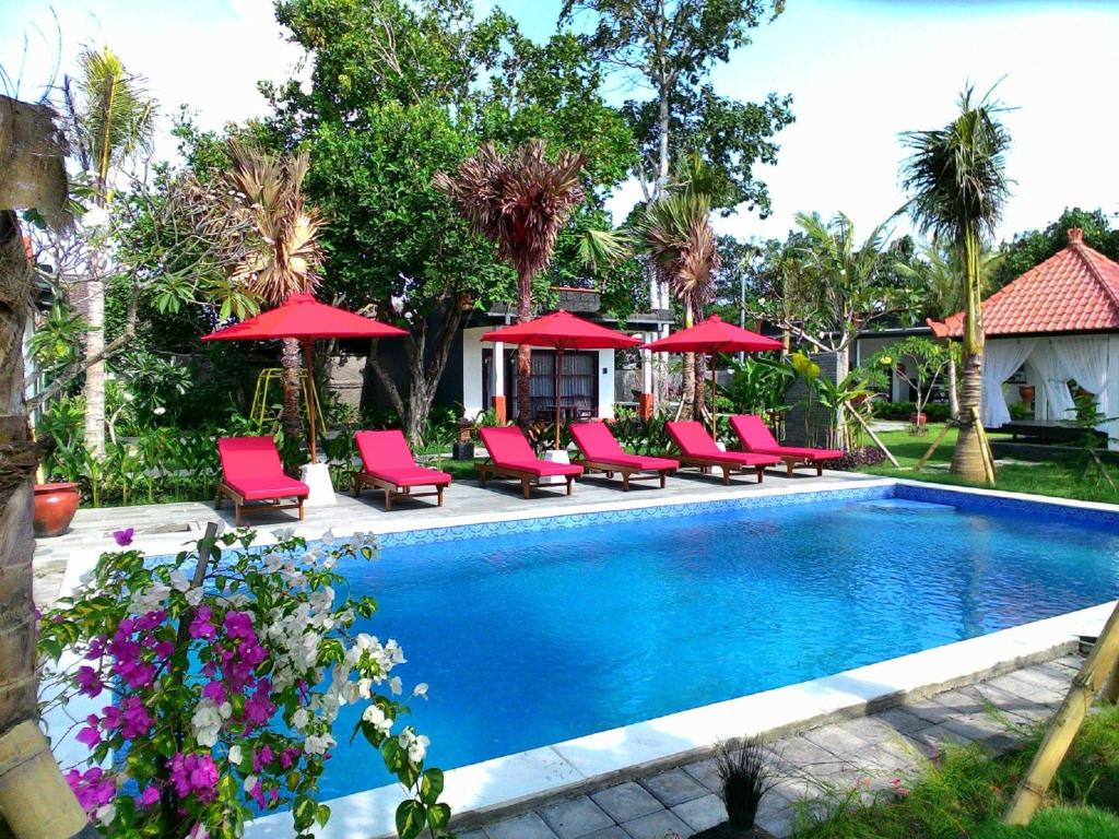The swimming pool at or close to D'Mell Bali