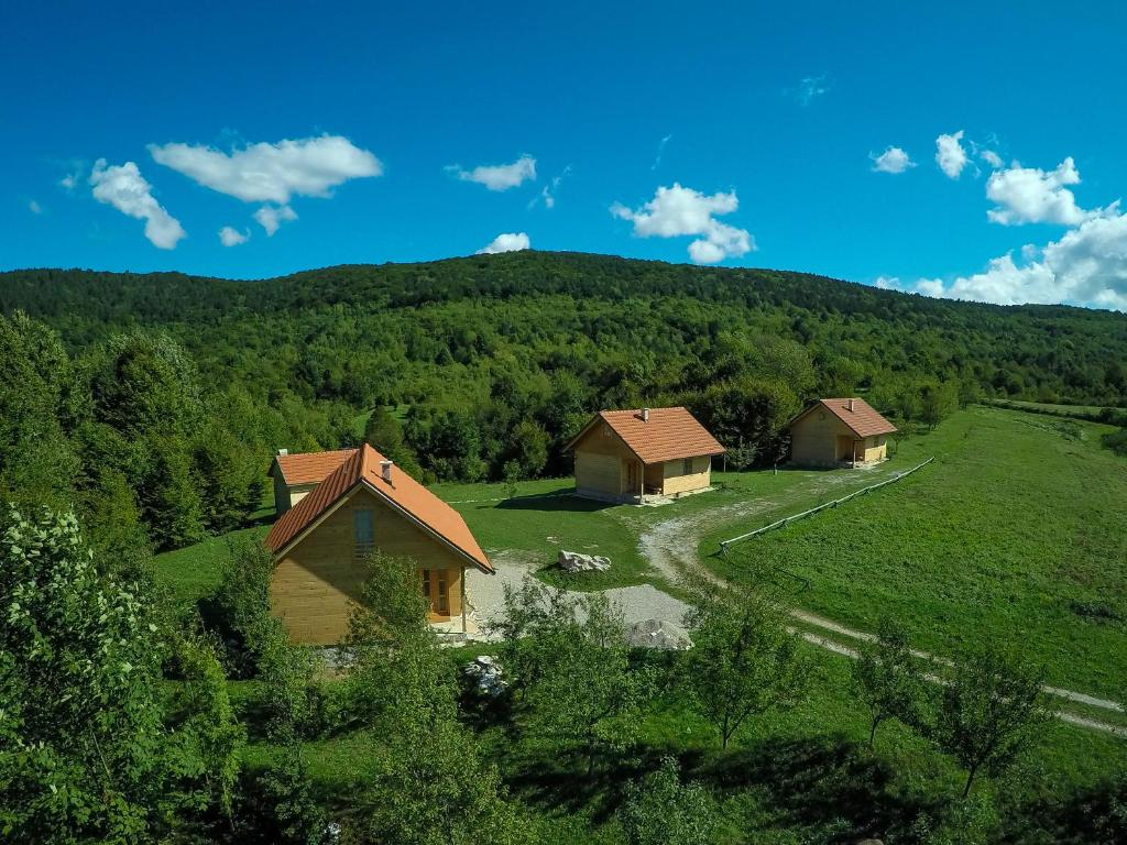 A bird's-eye view of Holiday Homes Eko Klanac