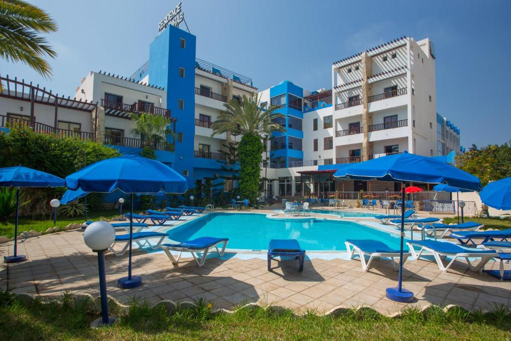 The swimming pool at or near Hotel Residence Rihab