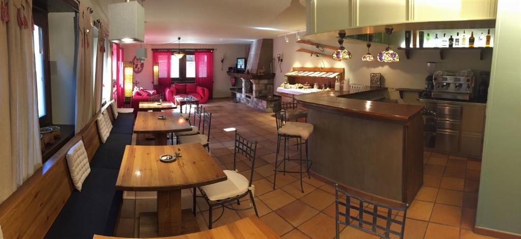 Peira Blanca Hotel Gastronomico Garos, Spain