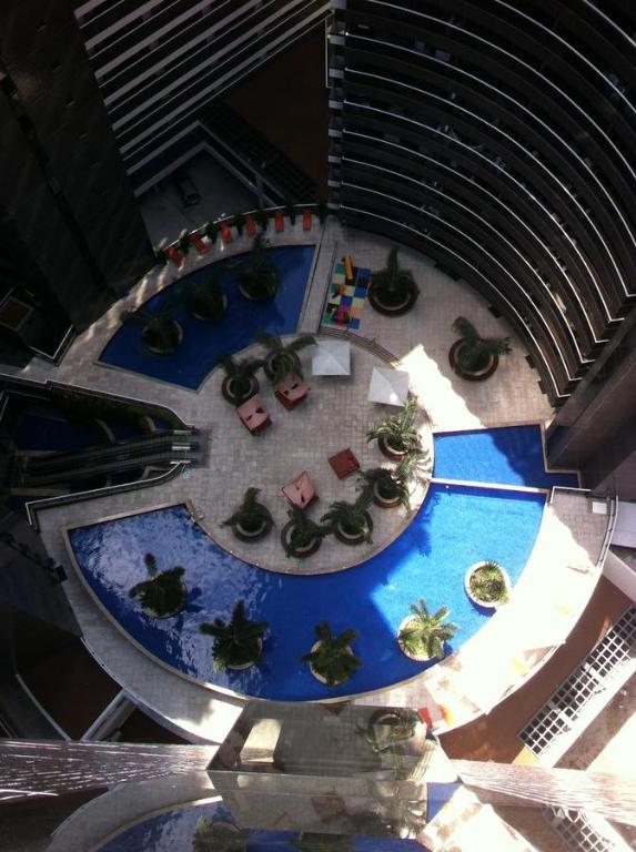 Uma vista da piscina em Landscape Beira Mar Apartment 1004 ou nos arredores