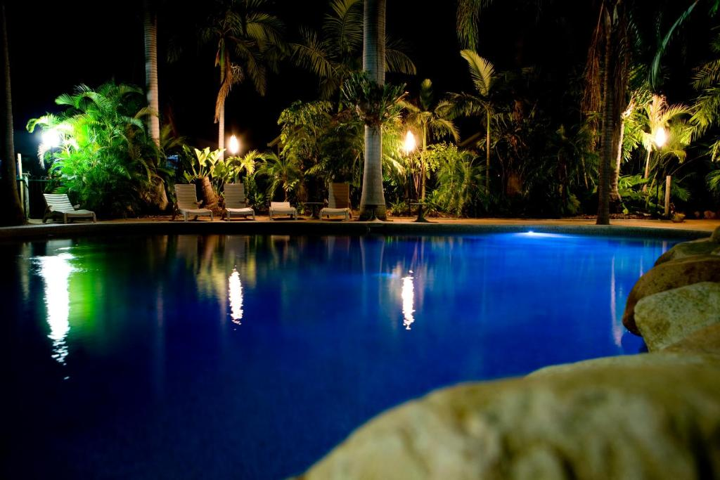 The swimming pool at or near Ingenia Holidays Townsville
