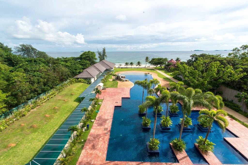 A view of the pool at Sea Nature Rayong Resort and Hotel or nearby