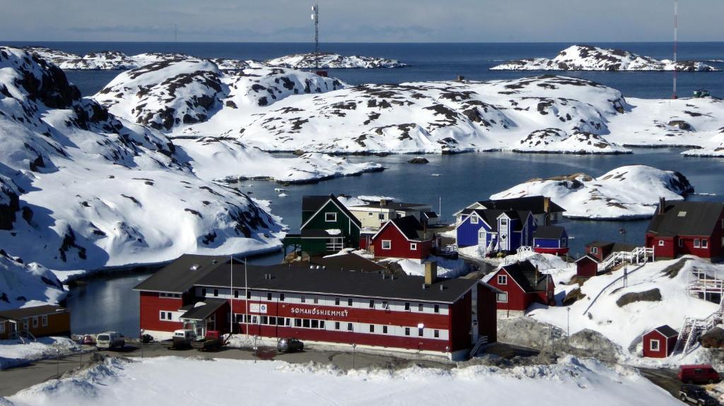 Hotel Sisimiut Sømandshjem om vinteren