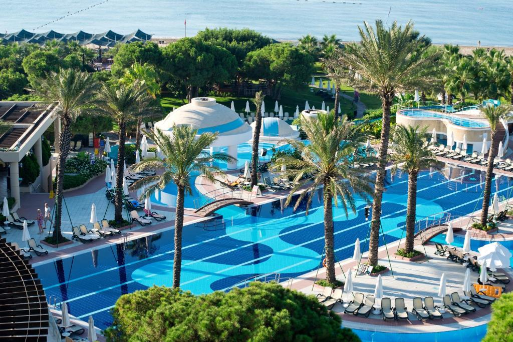 A view of the pool at Limak Atlantis Deluxe Hotel Belek or nearby