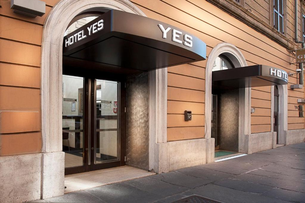 Yes Hotel - Laterooms