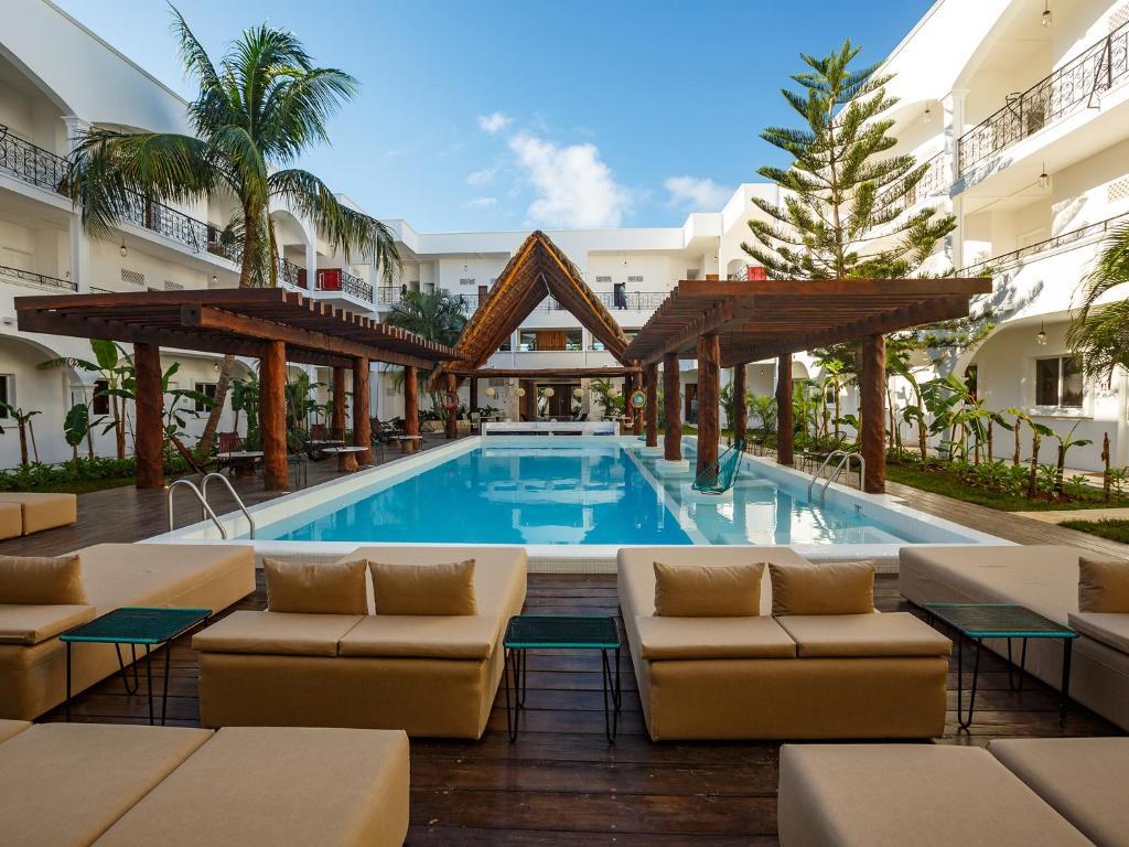 Het zwembad bij of vlak bij HM Playa del Carmen