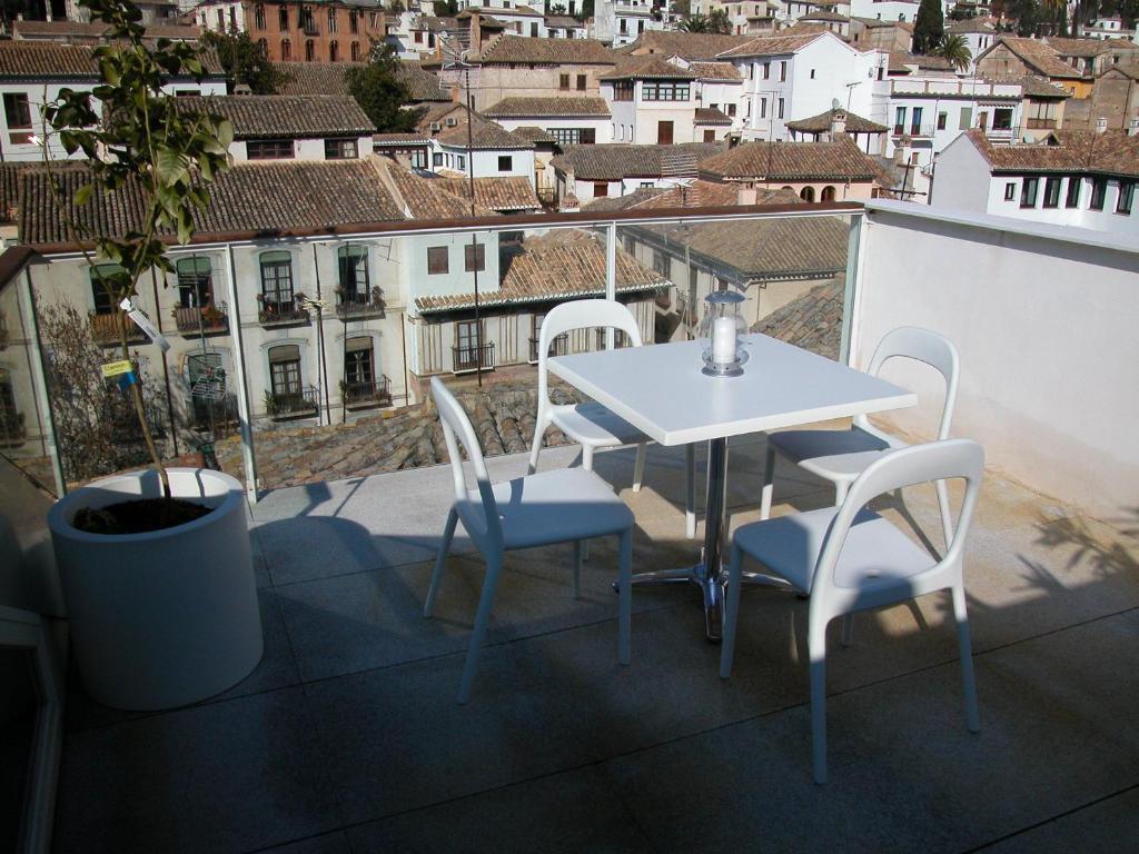 A balcony or terrace at Apartamentos Taifas