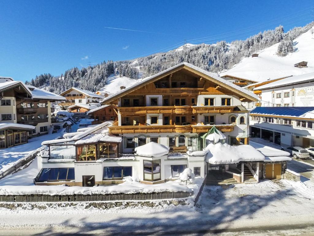 Hotel Kristall - Adults Only im Winter