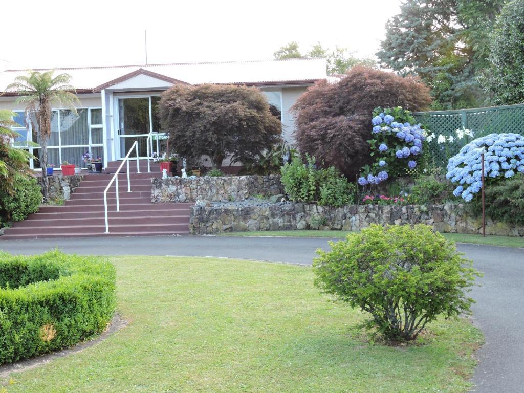 A garden outside Maple Lodge Motel