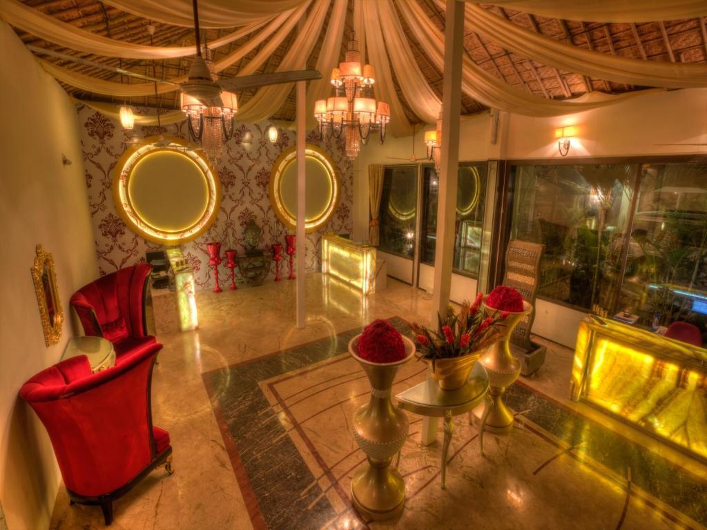 The lounge or bar area at Estrela Do Mar Beach Resort- A Beach Property